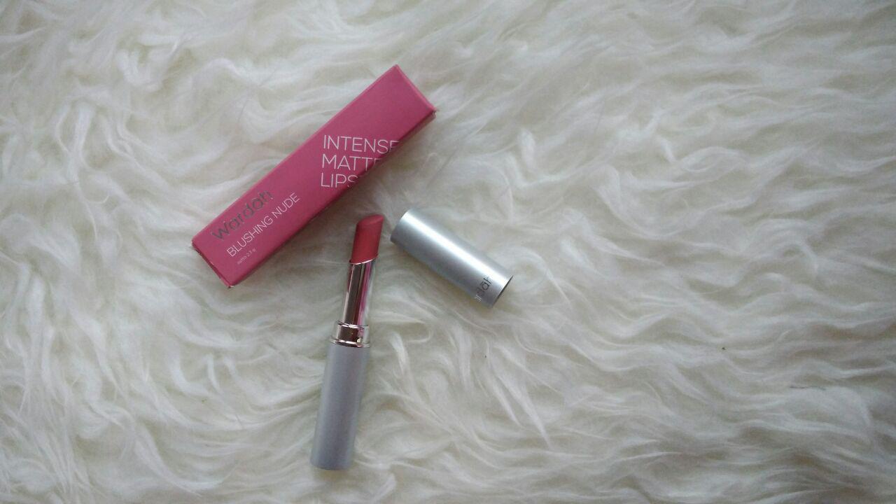 Review : Wardah Intense Matte Lipstick Blushing Nude